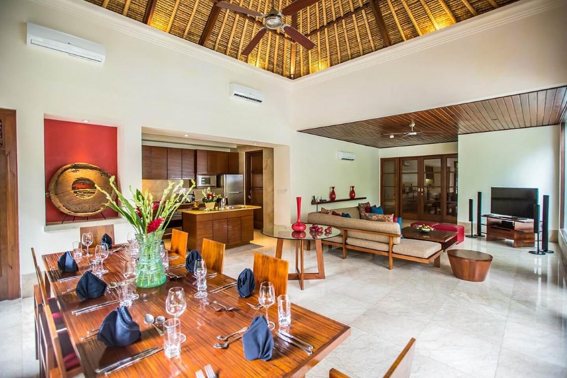 Karma-Jimbaran-lounge-area
