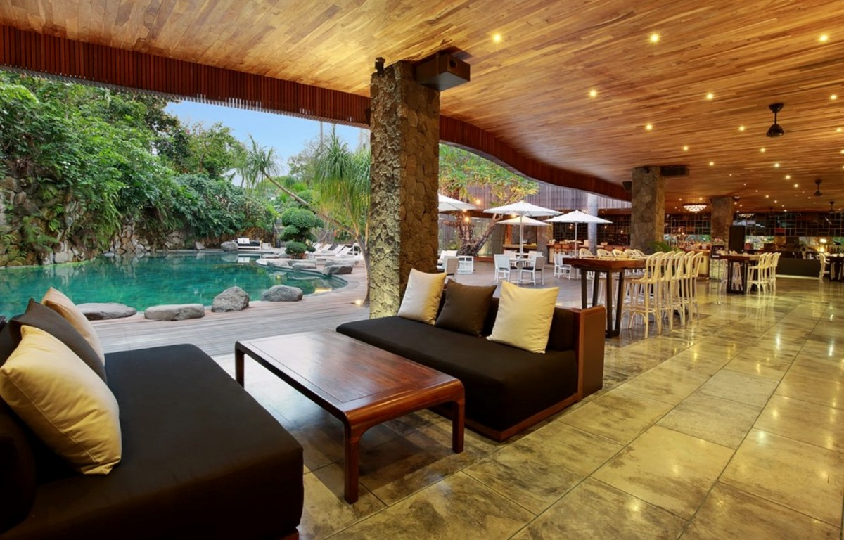 Peppers-Seminyak-Lobby-Lounge
