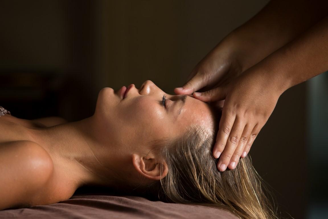 Royal-Santrian-massage