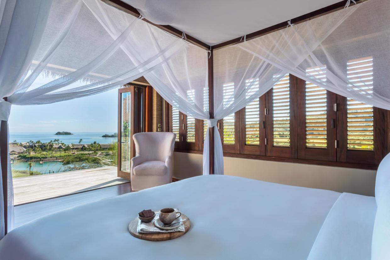 Six-Senses-Fiji-Four-Bedroom-Oceanview-Pool-Residence-3-Master-Bedroom