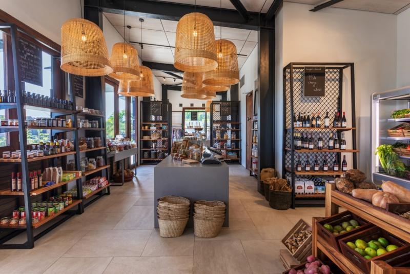 Six-Senses-Fiji-Gourmet-Deli-gift-shop