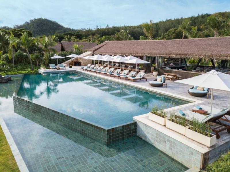 Six-Senses-Fiji-Tovolea-Pool
