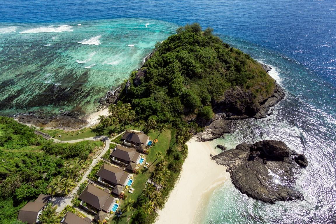 Matamanoa-Aerial-Villas-both-beaches-copy-2