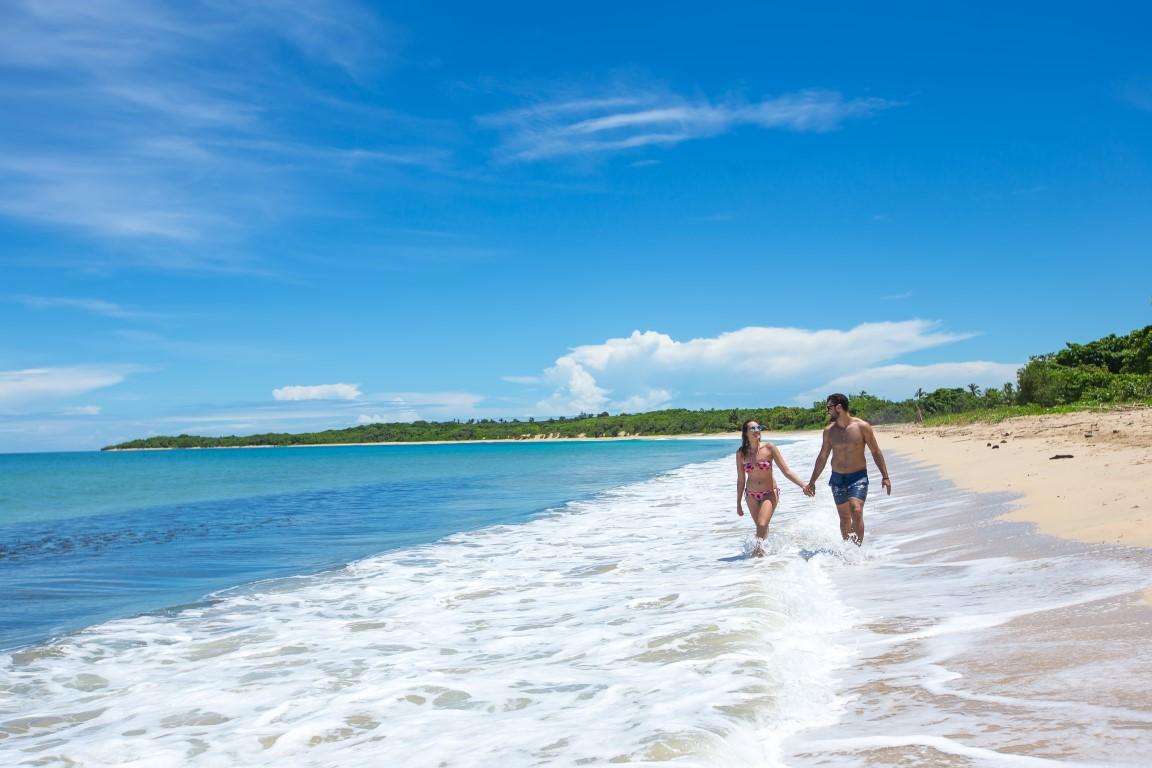 Yatule-Couple-on-Beach-1