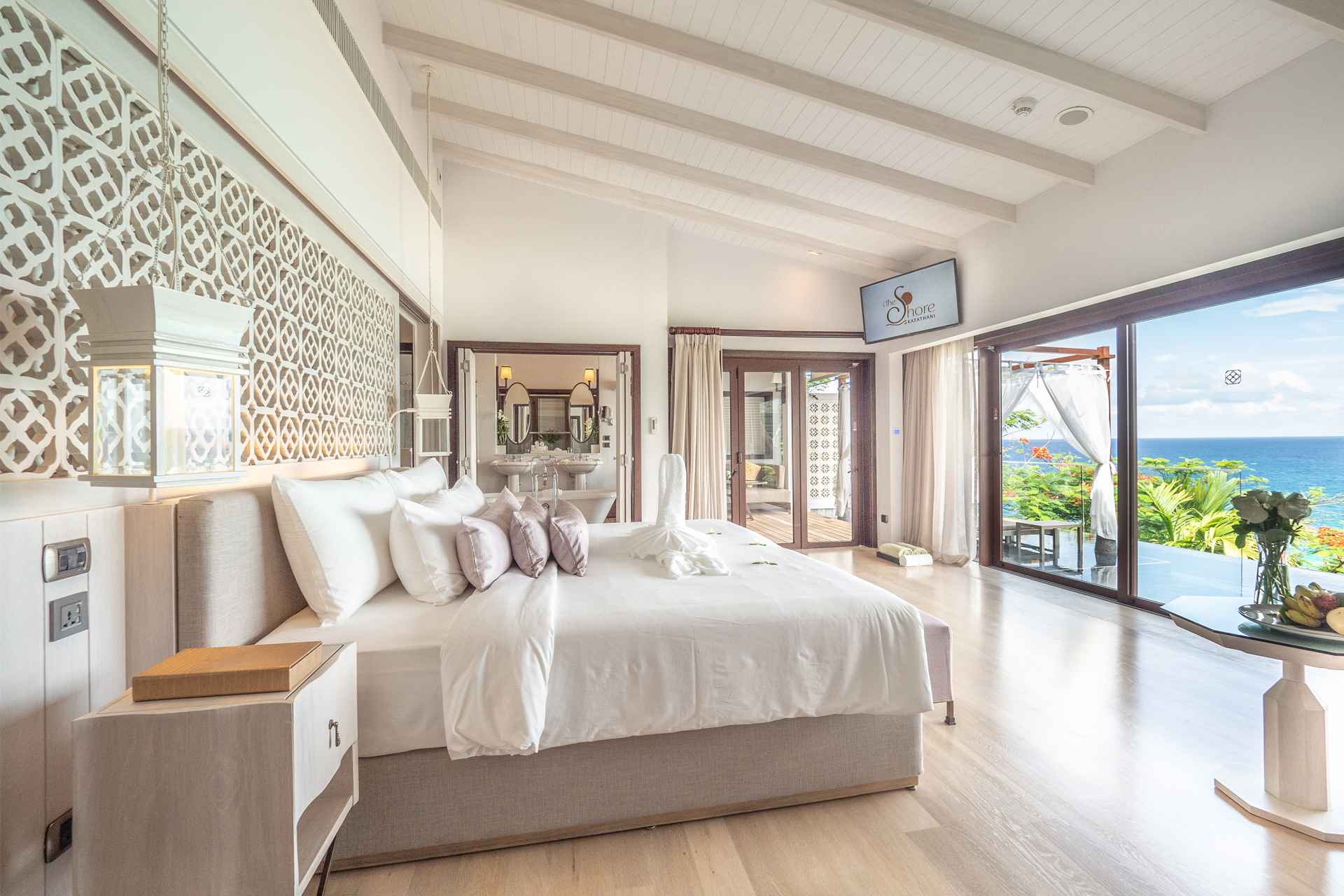 The-Shore-at-Katathani-Seaview-Pool-Villa-Bedroom