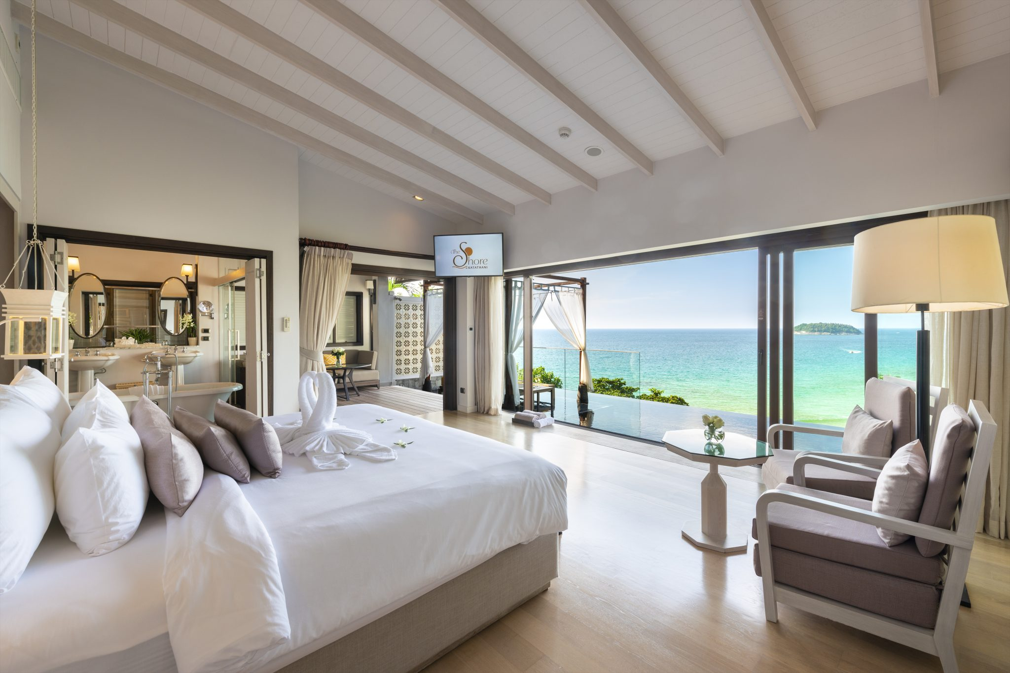 The-Shore-at-Katathani-Seaview-Pool-Villa-bedroom-view