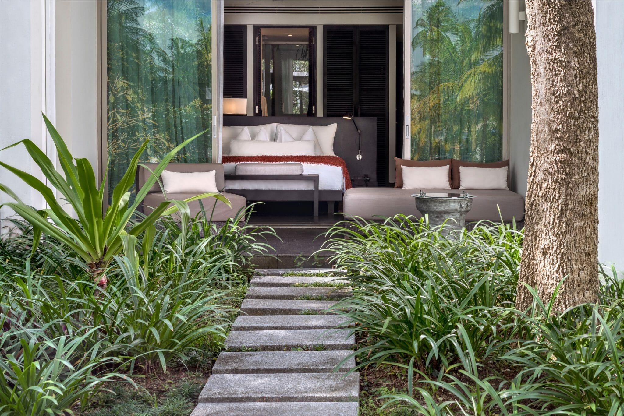 Twinpalms-Deluxe-Palm-Room-Veranda
