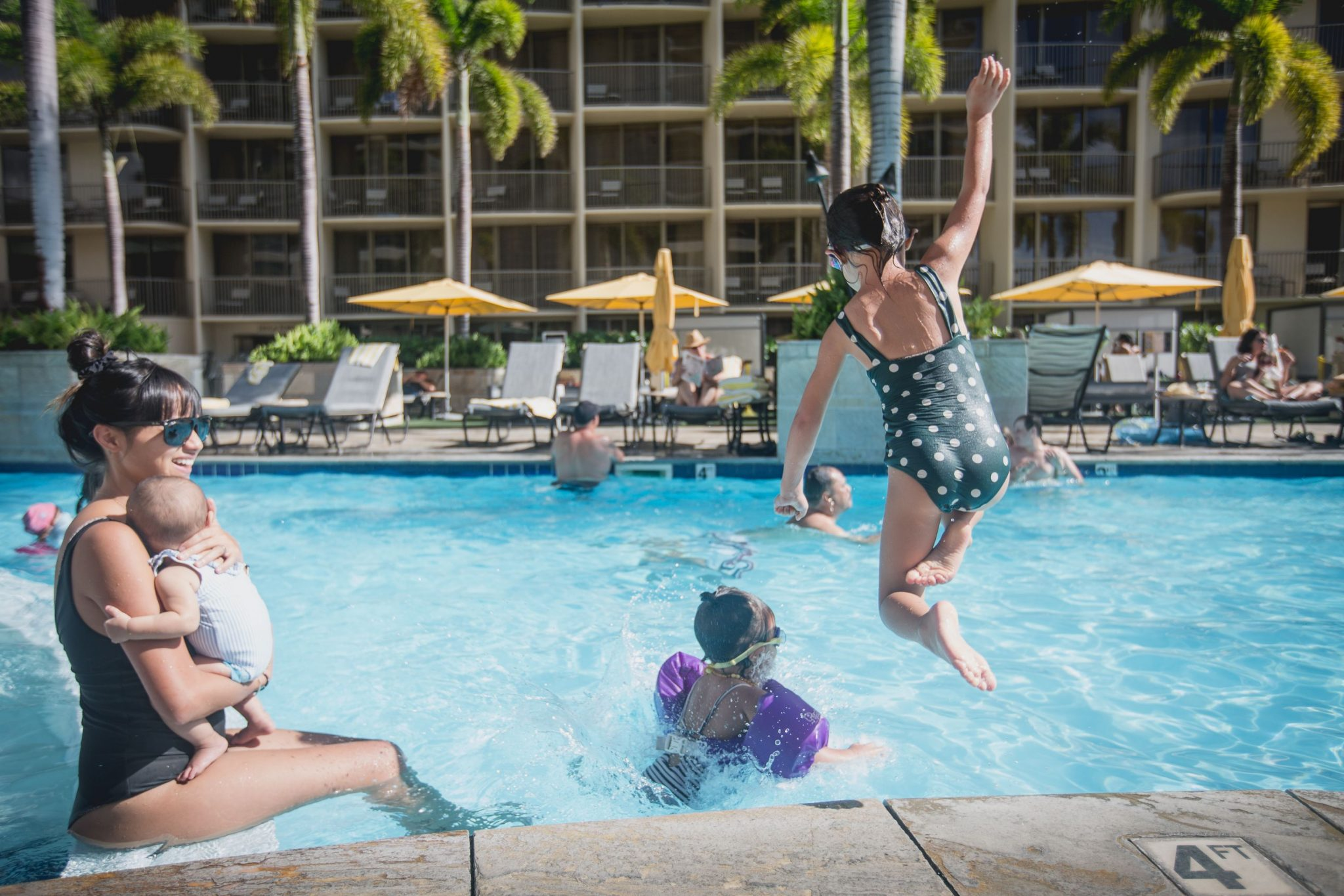 Embassy-Suites-Family-Photo-at-Pool-New
